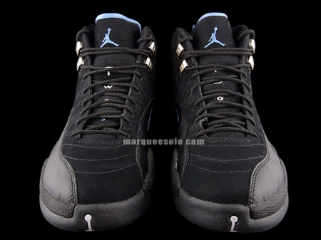 air-jordan-xii-12-nubuck-re-release-black-white-university-blue-4