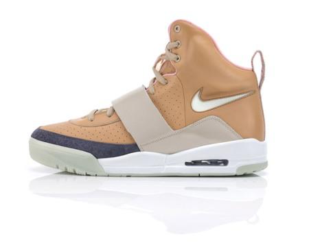 nike-sportswear-air-yeezy-04